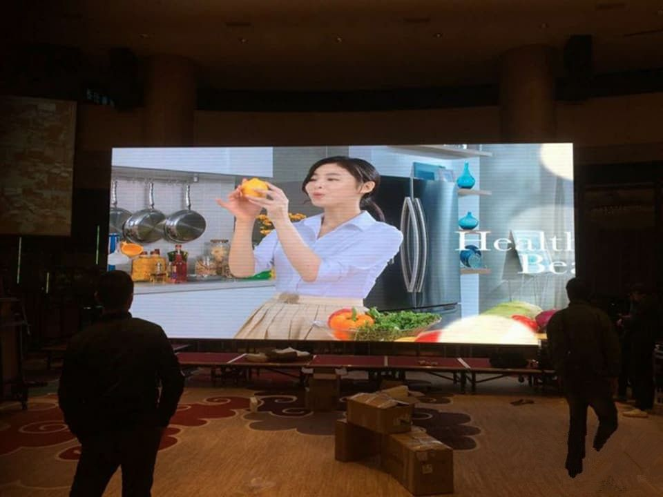 video wall advertising